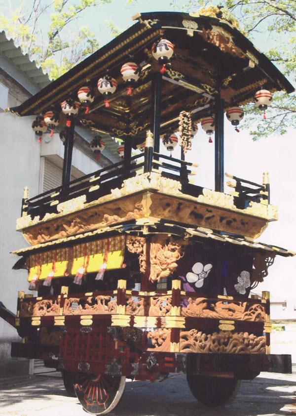 城下町の祭りを彩る舞台展示
